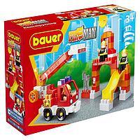 Конструктор «Fireman» в наборе пожарная машина и тренировочная площадка