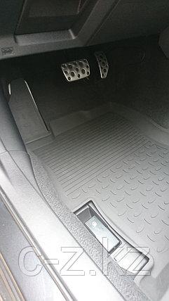 Резиновые коврики с высоким бортом для Subaru XV II 2017-н.в., фото 2