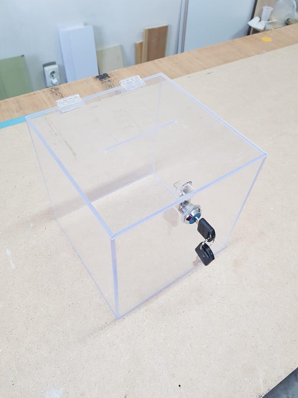 Изготовление акрилового ящика по индивидуальному заказу