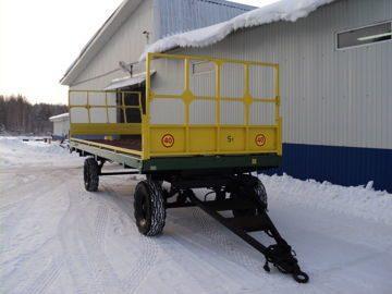 Прицеп тракторный для перевозки рулонов.