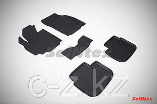 Резиновые коврики с высоким бортом для Suzuki SX4 I 2006-2013