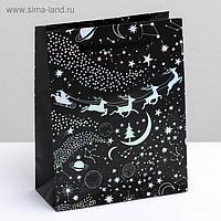 Пакет голографический вертикальный «Волшебства в Новом году», S 12 × 15 × 5.5 см