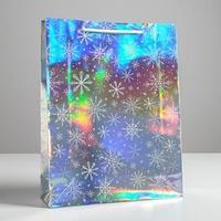 Пакет голографический вертикальный 'Снежинки', L 31 x 40 x 11,5 см (комплект из 12 шт.)