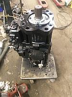 Главный гидравлический насос NEW HOLLAND KOBELCO E385, LC10V00009F4 № M2X210CHB-10A-2S/285-PL844
