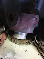 Поворотный кулак для экскаватора-погрузчика Volvo bl61 и 71