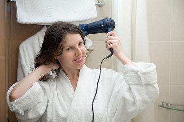 Как выбрать гостиничный фен