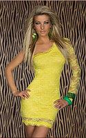 Желтое кружевное гипюровое платье на одно плечо