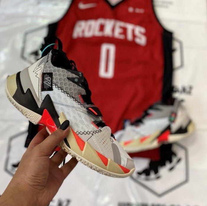 Баскетбольные кроссовки Jordan Why Not Zero 3