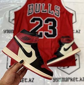 Культовые  ккроссовки Nike Air Jordan 1 Retro