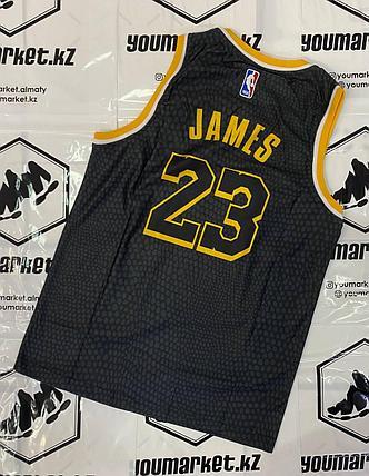 Баскетбольная майка «Лос-Анджелес Лейкерс» (Los Angeles Lakers) игрок Лебро́н Джеймс (LeBron James), фото 2