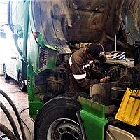 Снять/поставить грузовой топливный насос высокого давления (ТНВД) Common-Rail
