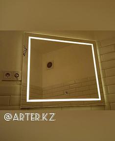 Зеркало с LED подсветкой и пескоструйным рисунком, 700(В)мм х 770(Ш)мм