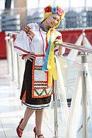 Украинский национальный костюм. Алматы. Летящие ленты