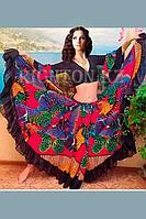 Прокат цыганского костюма с яркой юбкой.