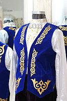 Казахский мужской национальный камзол в Алматы. Безрукавка жилетом