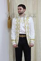 Казахский национальный мужской костюм Алматы. Белый сценический