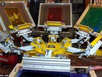 Печатный станок для шелкографии.