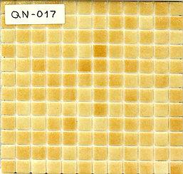 Средняя мозаичная плитка жёлто-коричневая