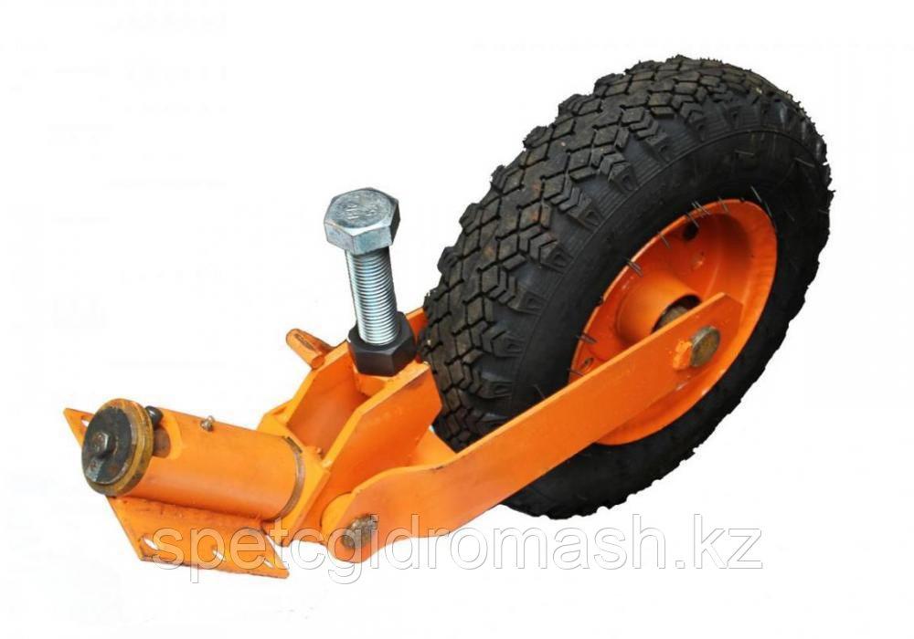 Стойка опорная с колесом 5*10 с рег.винтом (щеточное обор.)