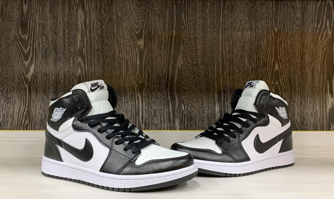 Кроссовки  Air Jordan 1 Retro Black&White