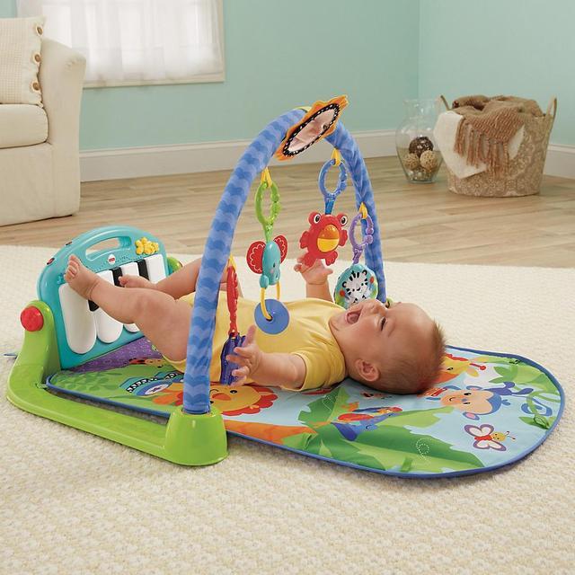Развивающие игрушки коврики и мобили