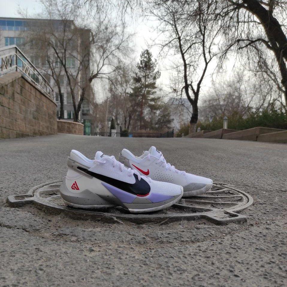 Баскетбольные кроссовки Nike Zoom Freak 2  ( Оригинал )