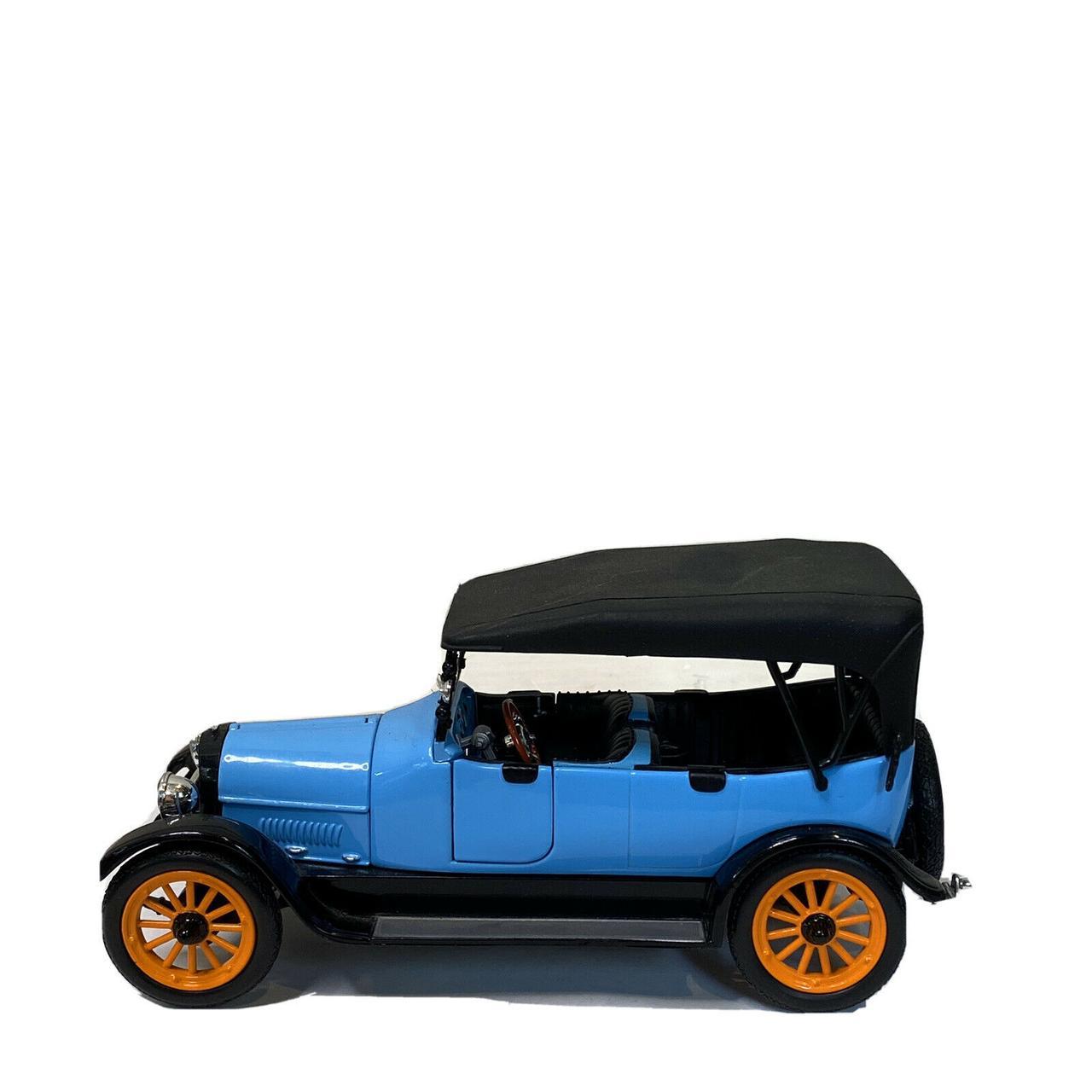 1/18 Signature Коллекционная модель REO Touring, 1917 года - фото 1