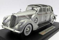 1/18 Signature Коллекционная модель Lincoln Touring 1937, серебристый