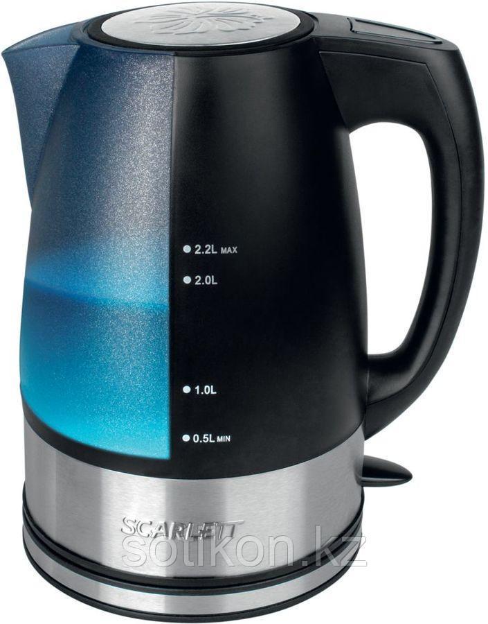 Электрический чайник Scarlett SC-1020 черный