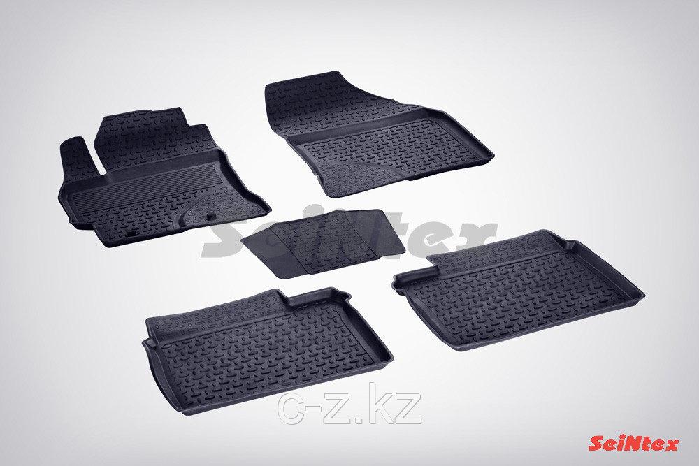 Резиновые коврики с высоким бортом для Toyota Corolla XI (2013-2018)
