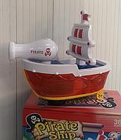 Игрушка пиратский корабль