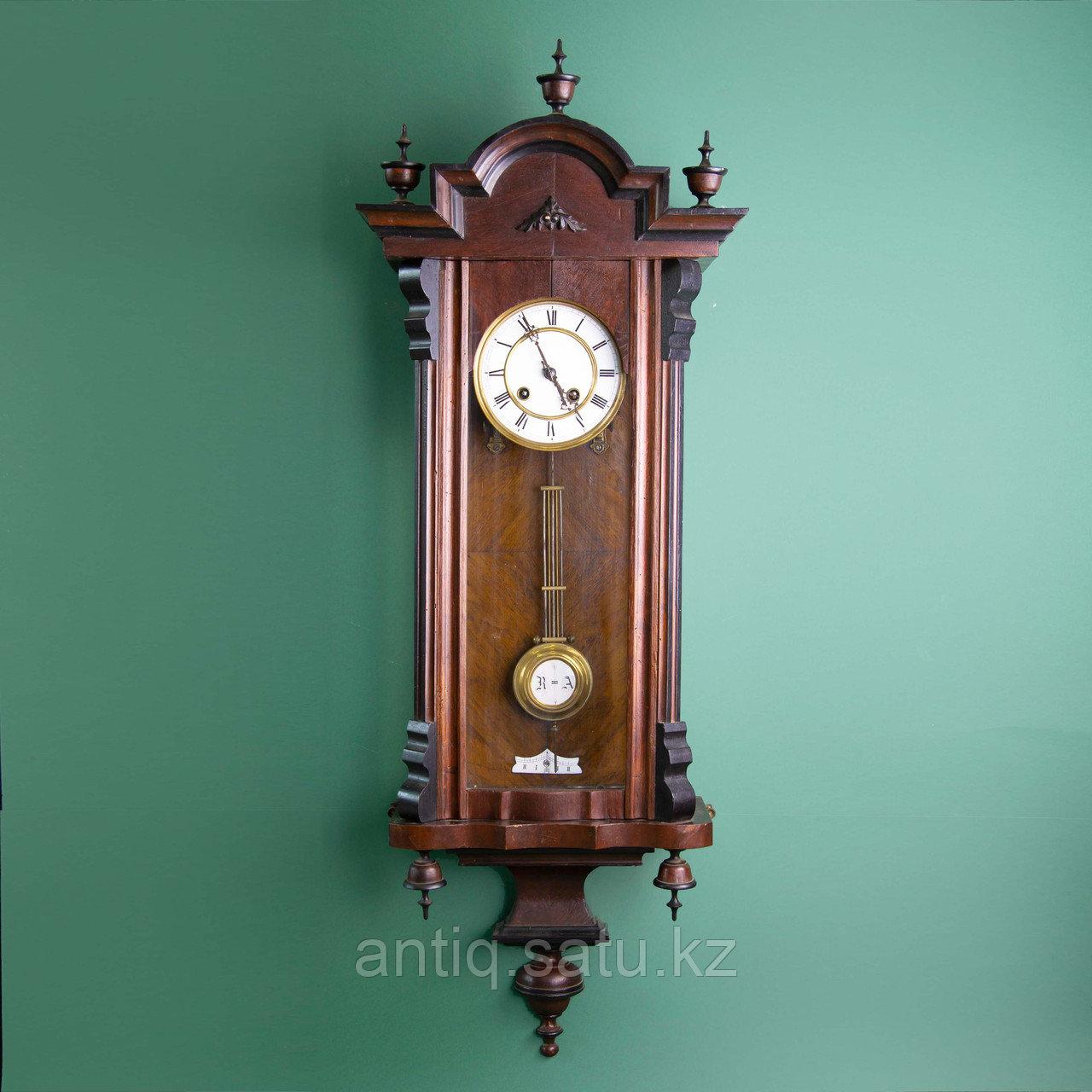 Часы настенные элегантной формы. Западная Европа, 19-й век. - фото 1