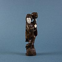 Окимоно «Танец гейши» Слоновая кость, дерево ценной породы.