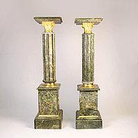 Пара колонн в дворцовом стиле. Подставки под дорогие вазы или фигуры.