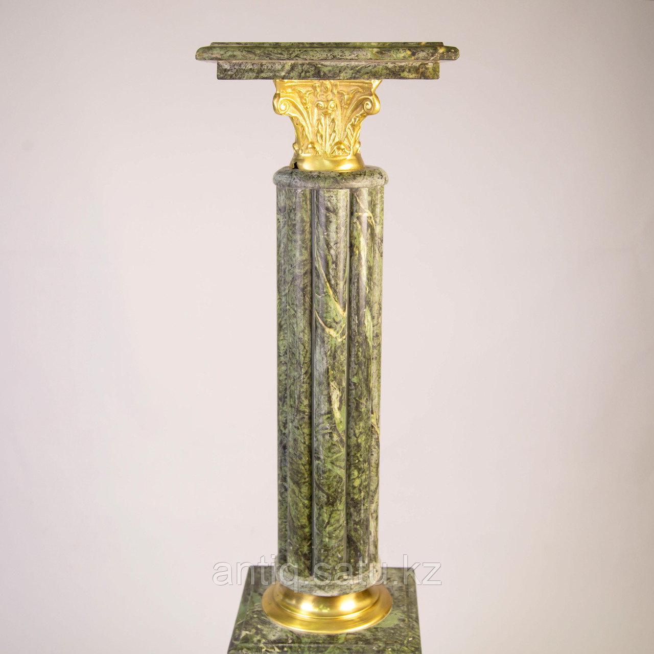 Пара колонн в дворцовом стиле. Подставки под дорогие вазы или фигуры. - фото 2