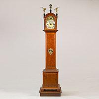Напольные часы с лунным календарем. Голландия