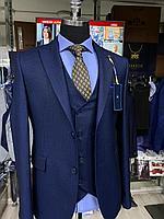 Мужской костюм-тройка Cardozo приталенного кроя в синем цвете 44-54