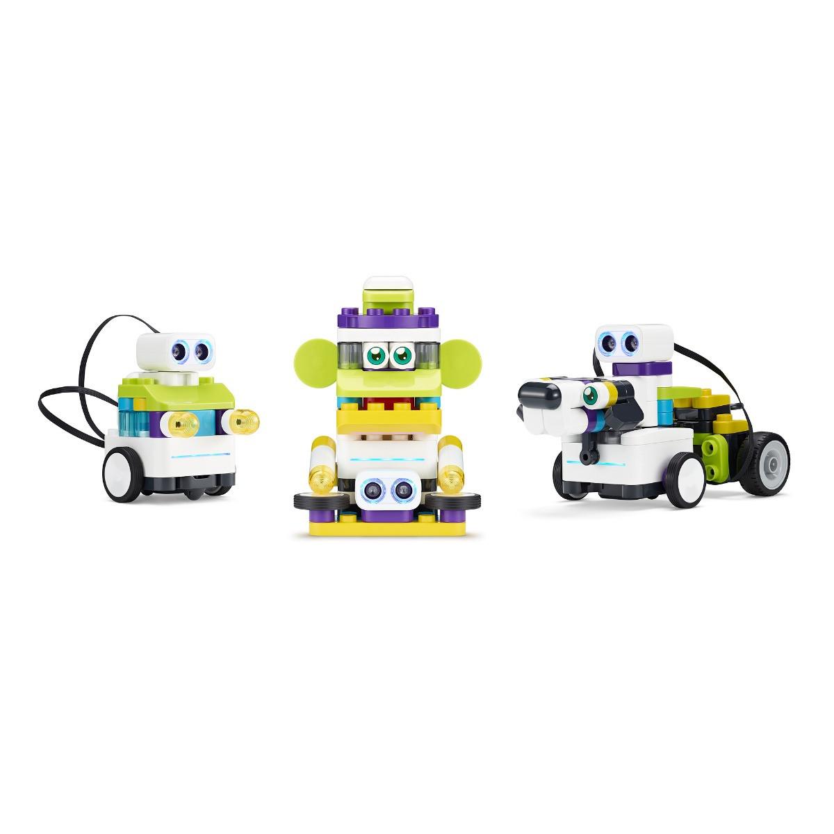 Робот Botzzes
