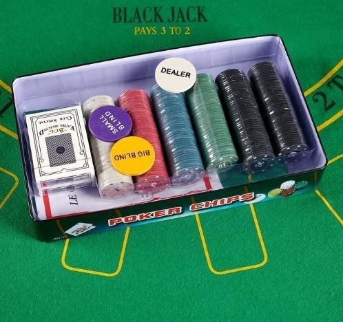 Набор для покера Poker set: 2 колоды карт по 54 шт., 300 фишек, сукно 60х90см