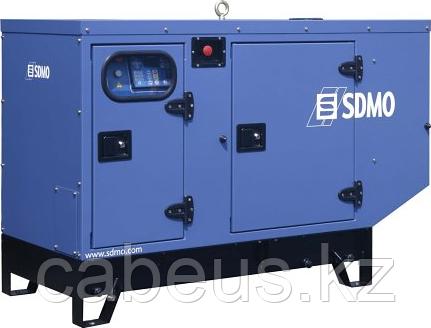 Электростанция дизельная с жидкостным охлаждением SDMO T 9KM IV в звукоизолирующем корпусе