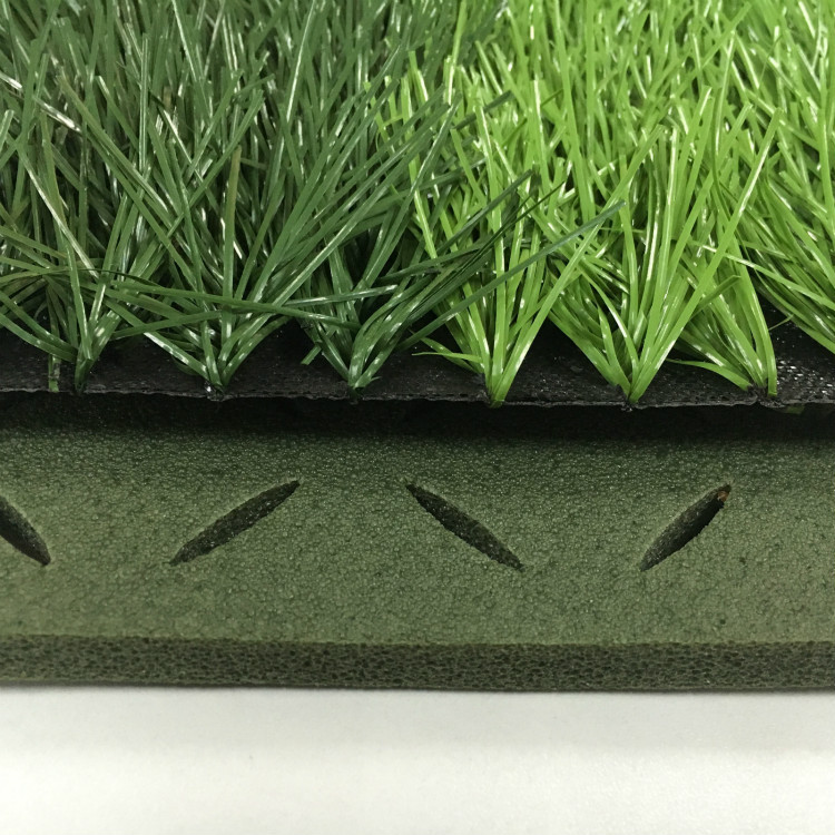 Искусственный газон с засыпкой и на подложке (Shockpad) для футбола