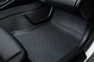 Резиновые коврики с высоким бортом для Toyota Fortuner II 2017-н.в., фото 2