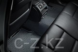 Резиновые коврики с высоким бортом для Toyota Hilux VIII 2015-н.в., фото 3