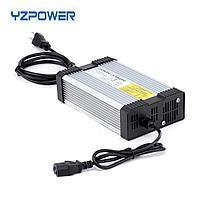 Зарядное устройство для скутеров / самокатов / электроциклов 87,6 В постоянного тока, 4,5 А