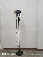 Торшер напольный черный с подвижным плафоном
