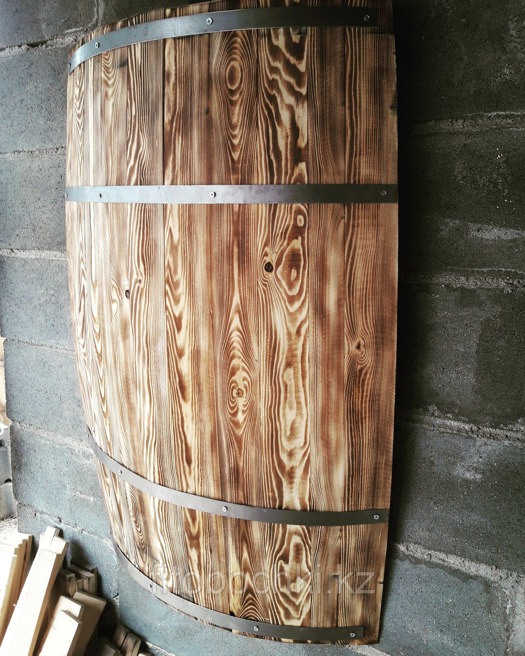 Деревянная декоративная полубочка Н 1000 мм.