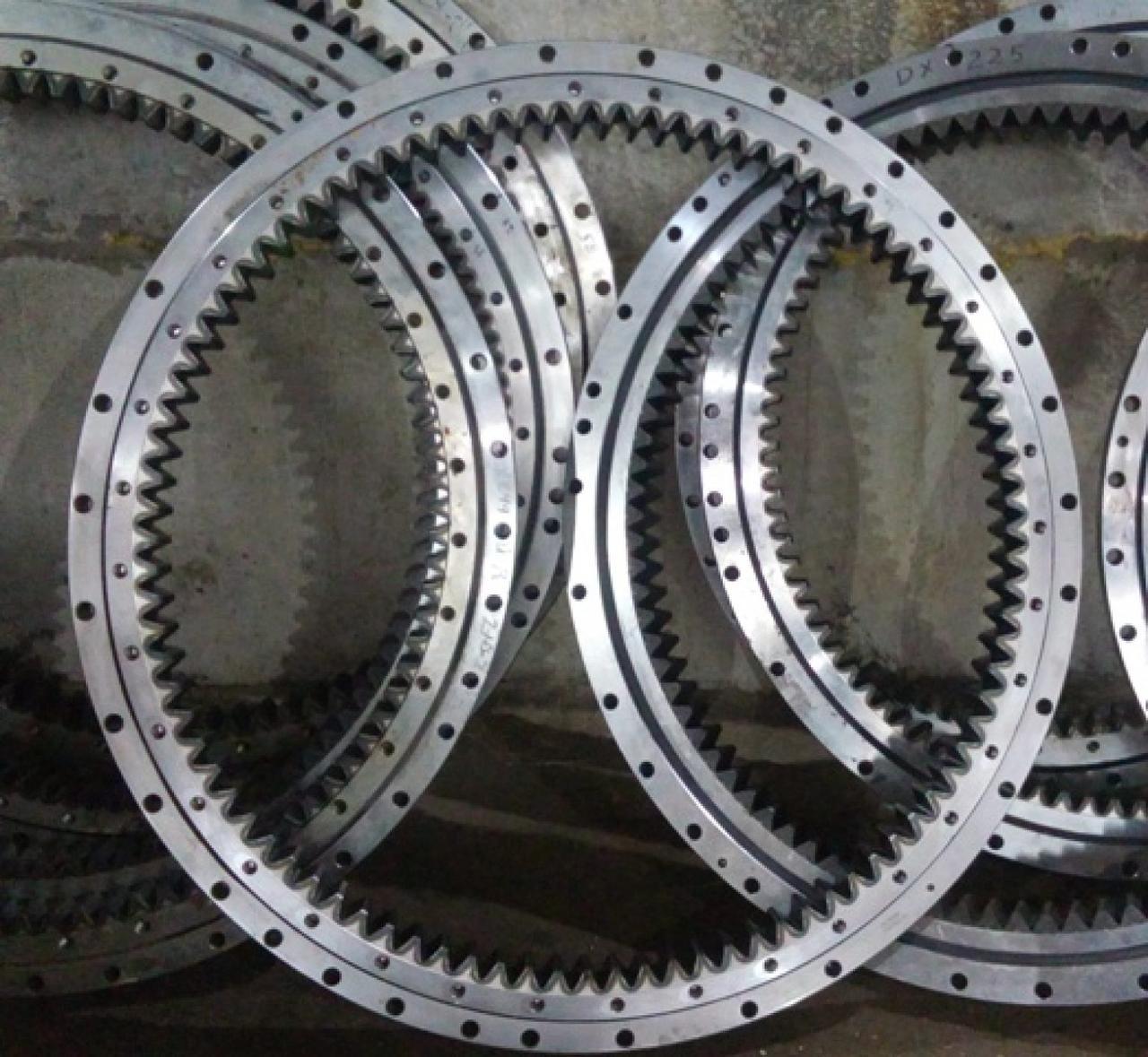 Нижняя прокладка поворотного круга (короткая) (PY180G.12-6A) 1210030