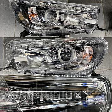 Передние фары Platinum LED на  Toyota Hilux Revo 2016+