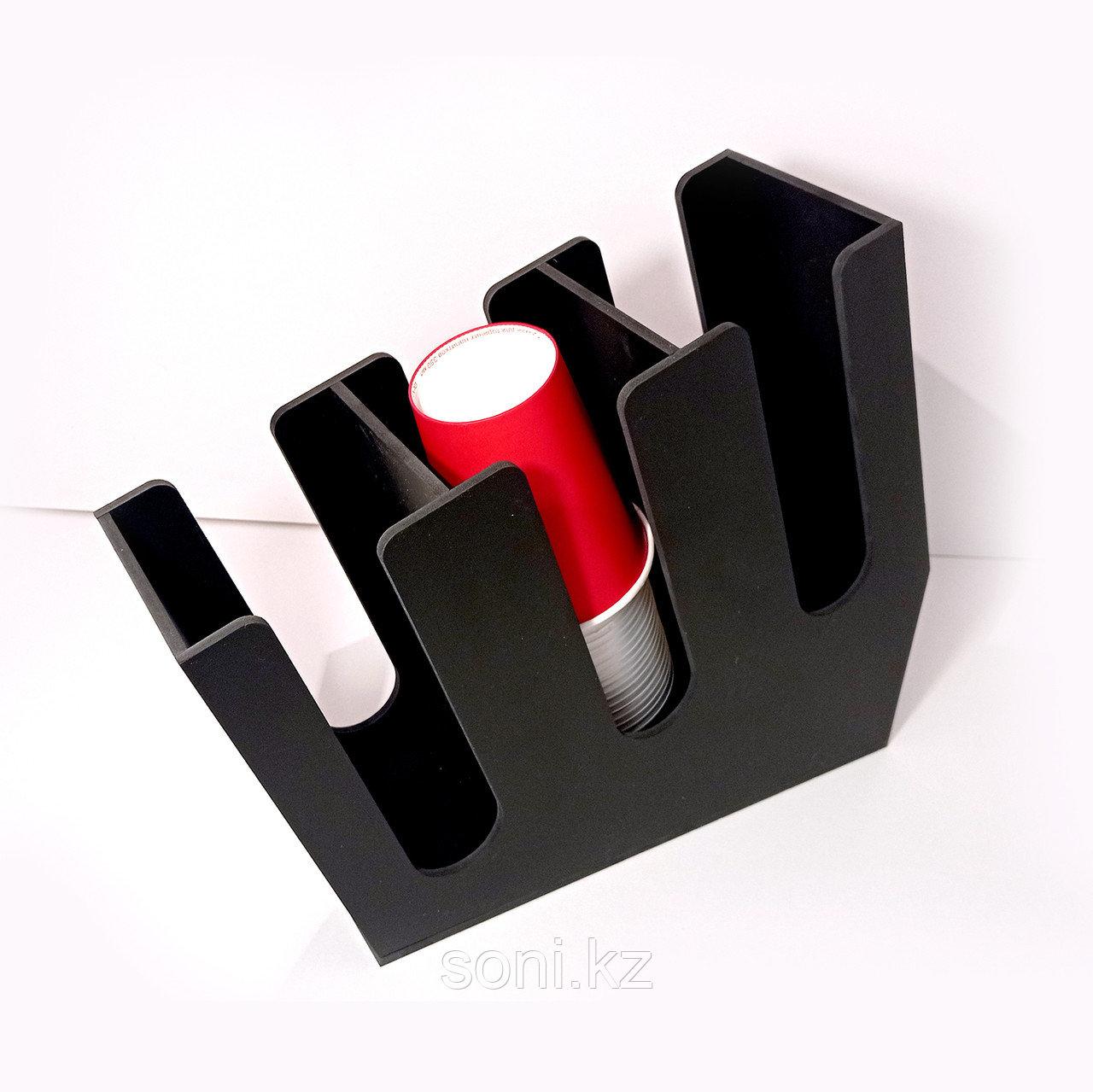 Диспенсер №2 для одноразовых стаканчиков
