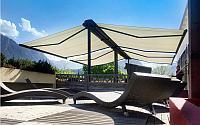 Маркиза двусторонняя выдвижная для летней террасы кафе, ресторана